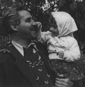 Константин Симонов с дочерью Машей